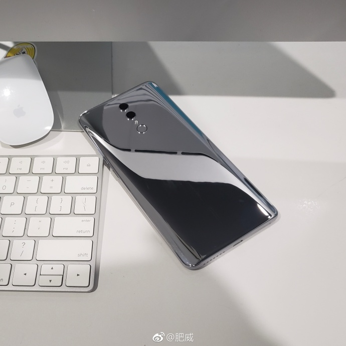 Honor Note 10 rear