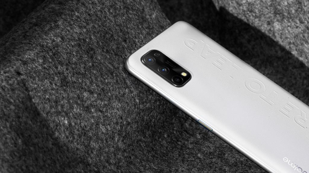 Realme Q2 Pro Official Render
