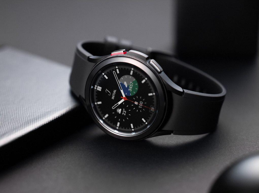 Samsung Galaxy Watch4 Classic Render